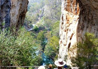 BLUE TRAIL 18: CARLOTTA ARCH, Jenolan Caves