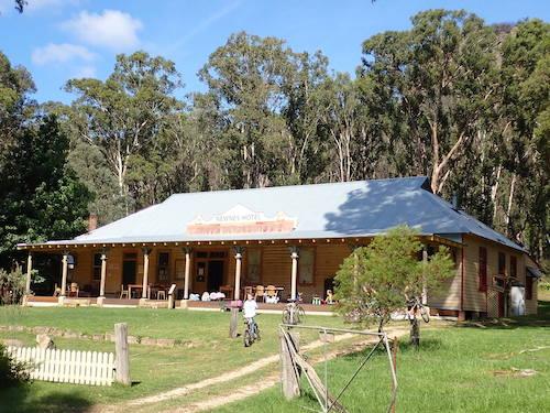 Blue Trail Village Scenes No 9